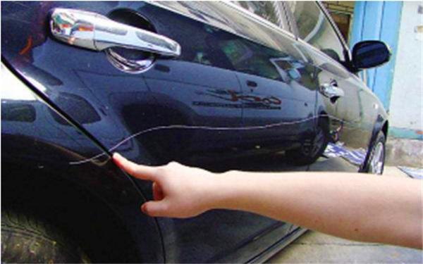 车险是不是一个车损,就包括划痕,玻璃,射水险了?