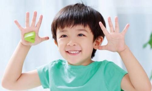 给孩子买保险哪种好  要注意哪些问题?