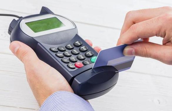 那些不上班靠信用卡赚钱的人是怎么操作信用卡的?